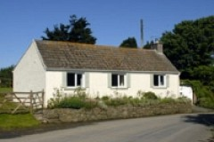 Eira's Cottage (Sleeps 5)